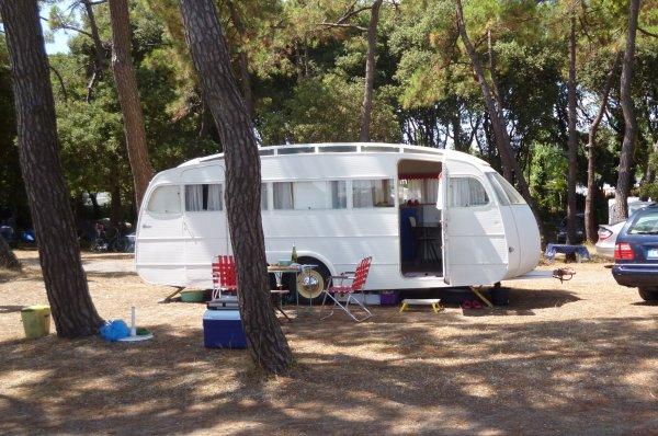 vacances en maison blanche blog de caravane henon. Black Bedroom Furniture Sets. Home Design Ideas