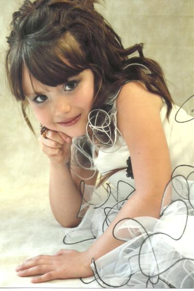 kassy a ete elue miss beuvry 2011 categorie 5-7 ans