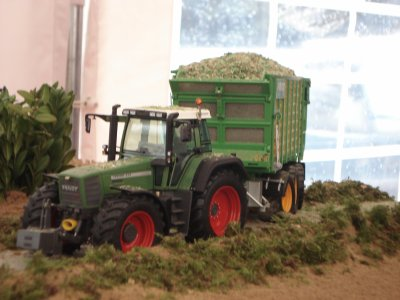 le fendt 824 au transport