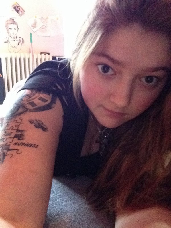 Encore des tattoo ??! Désoler :$ c'est plus fort que moi :/