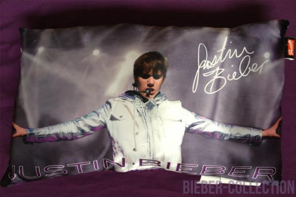 Coussin décoratif ''Justin Bieber''