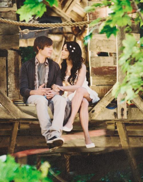 """Elle lui a appris à vivre. Il lui a appris à aimer. """"Le temps d'un automne, Jamie à Landon."""""""