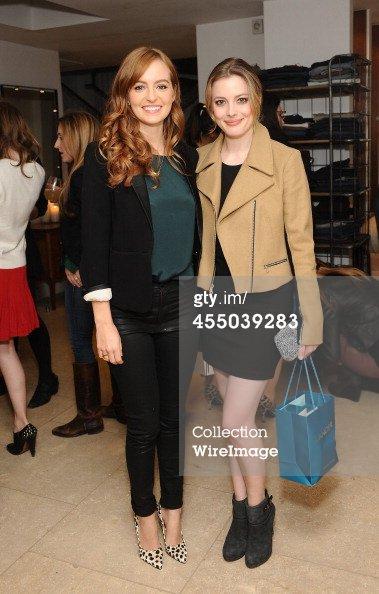 Ahna O'Reilly, et Gillian Jacobs, assister à une fête Parker l