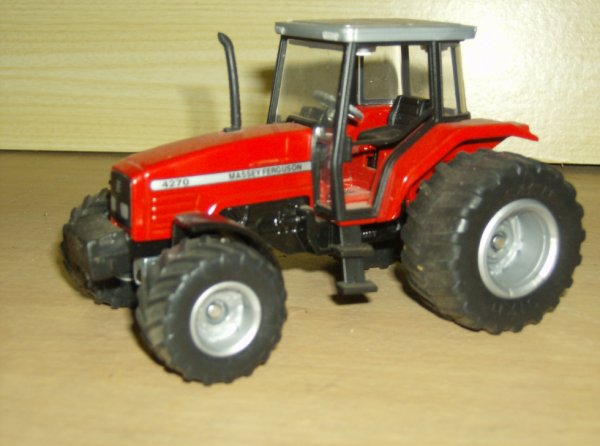 tracteur massey 4270