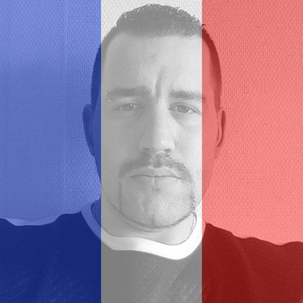 - Vive la France et Vive la République