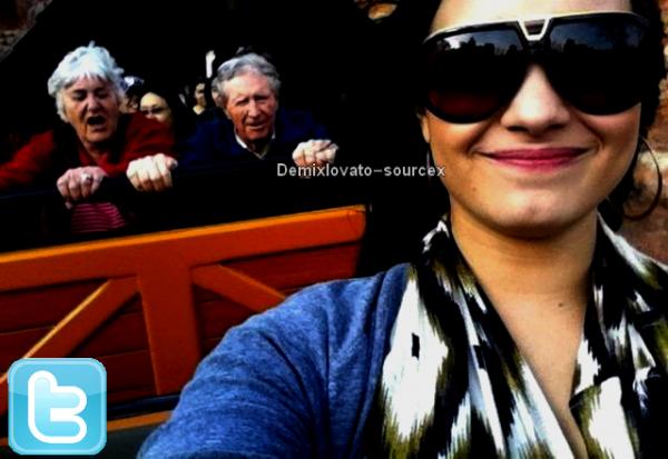 18/03/2011 : Demi est allez passer un petit séjour a Disneyland