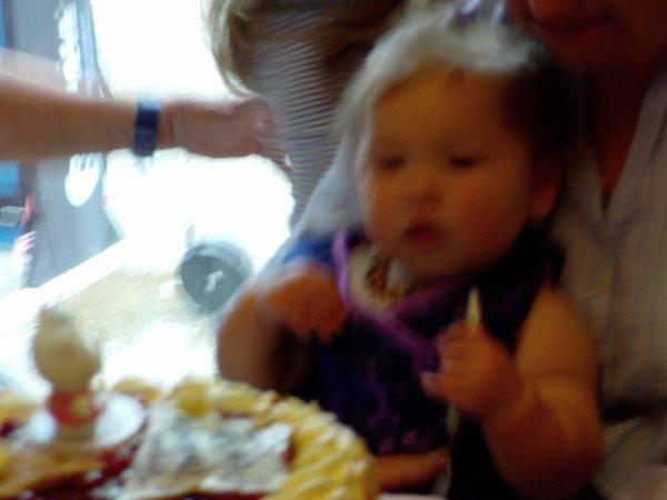 anniversaire alyssia 1 an