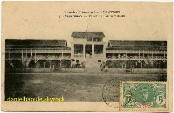 BINGERVILLE    EPOQUE COLONIALE..1900..1930...BATIMENT / PALAIS DU GOUVERNEU R ...02.0502013R