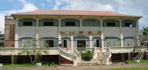grand bassam  historique...chap 10...le  palais du  gouverneur