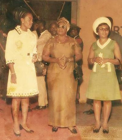 le  vieux  avec le  president  william  tubman   du  liberia.......