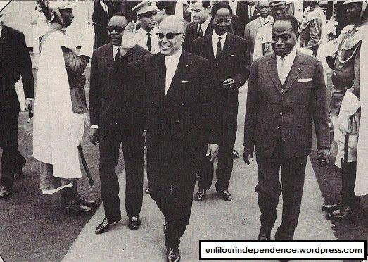 le  vieux  avec  habib  bourguiba  ,  president de la  tunisie...