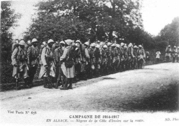quartier  du  plateau  :  la maison  des  combattants  inauguree le  14  juillet  1934..........