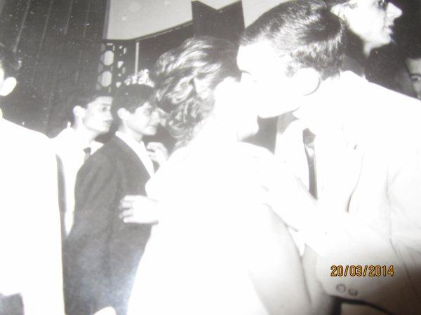 nous les  jeunes à  abidjan  le  31 decembre  1963  à  cocody.....