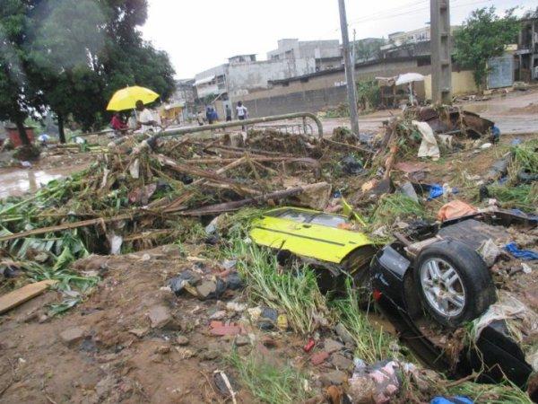 saison  des  pluies  catastrophiques  à  abidjan....