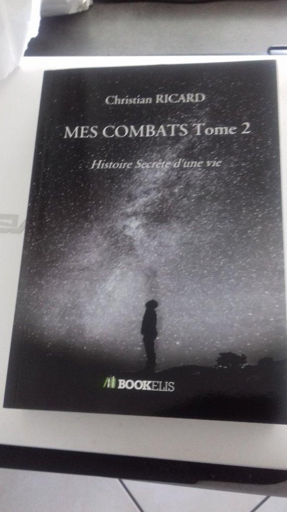 voila le livre ecrit par mon ami http://vivrelib918.skyrock.com/