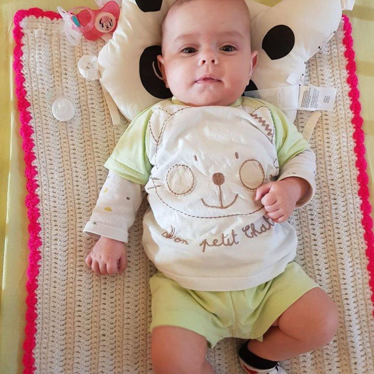 aujourd hui ma petite fille angelina a 4 mois