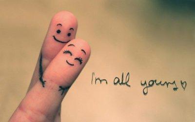 C beau l'amour même sur nos doigts =)