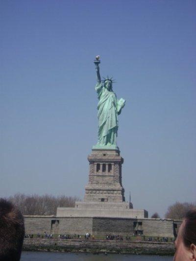 New  York  < 3
