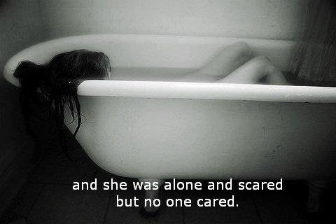 une jeune fille se fait violer