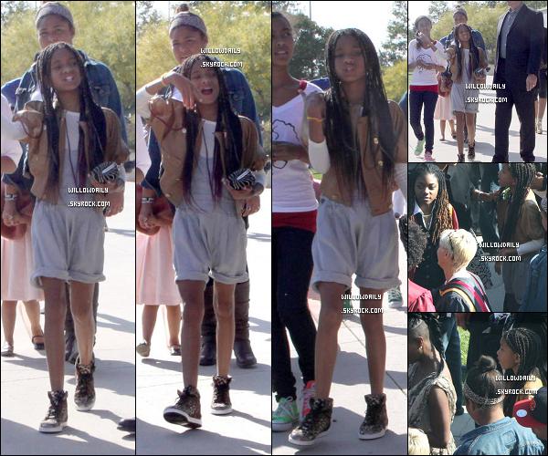 --[/x:]  La semaine dernière ..Encore plus de photo de Willow à la remise de diplôme de son frère Trey.J'adore ses chaussures !!! Sinon j'aime pas trop sa tenue, top ou flop ? Pour ma part c'est huum entre les 2 ! --[/x:]