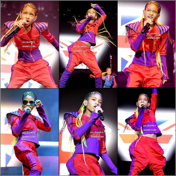--[/x:]  21/03 ..Willow continue le My World Tour à Manchester toujours accompagné de ses Warriorettes.!Willow a fait une petite blague à Justin Bieber. Seulement, il a décidé de se vengé ! Bon j'en dis pas plus ! Regarder la vidéo.........  --[/x:]