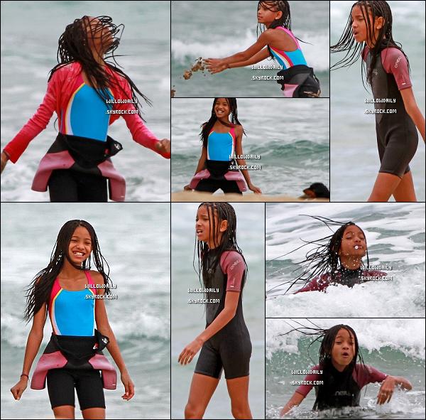 --[/x:]  17/04 ..Willow Smith à été aperçu en train de s'amuser sur les belle Plage de Hawaii le 17 avril dernier. Willow est fraiche, belle, naturelle, c'est bien de la voir un peu s'amuser après une tournée au Royaume Uni avec Justin bieber !... --[/x:]