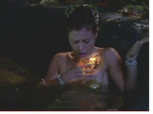 Phoebe en sirène