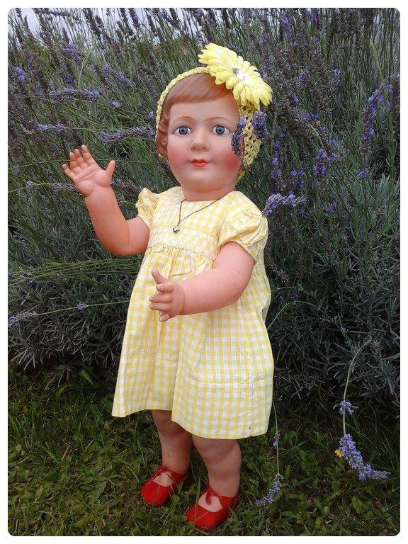 :) Colette petitcollin  taille 65 1/2 celluloïd :)