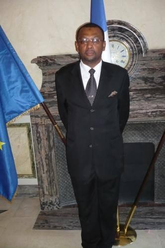 AUCUN COMORIEN NE DOIT PARTICIPER AU PROCHAINE ELECTION PRÉSIDENTIELLE SAUF SI C'EST L'ONU QUI ORGANISE CETTE ELECTION.