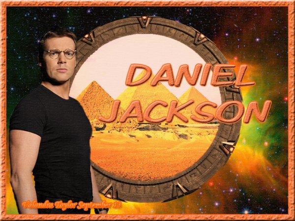 Michaël Shanks (Daniel Jackson dans Stargate SG1...), sera un des nombreux invités de Facts de cette année... Elle est pas belle a vie ^_^???