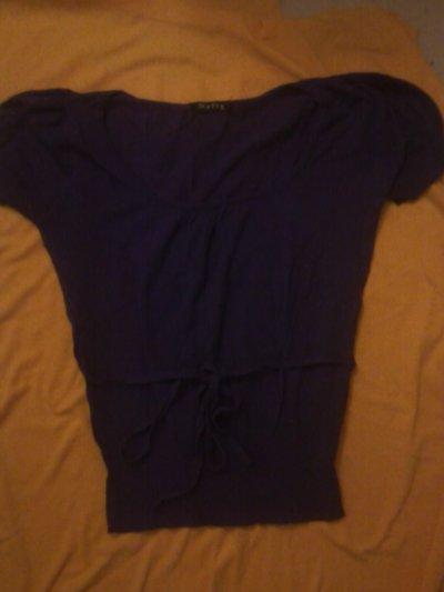 pull a manches courtes violet, 8 cerises.