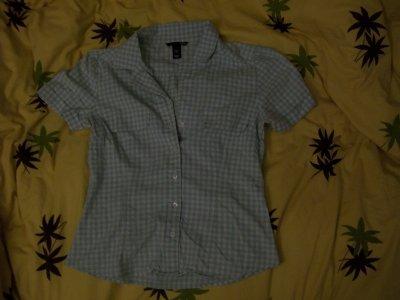 Chemise a carreaux blanche et verte HeM, 7 cerises.