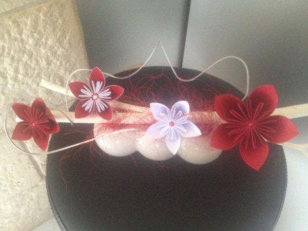 centre de table kusudama rouge et blanc cr ation origami titi. Black Bedroom Furniture Sets. Home Design Ideas