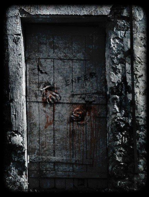 L'Enfer, je le situe non au moment où l'on voit la mort ; mais au moment où l'on voit sa vie ... (Robert Escarpit)
