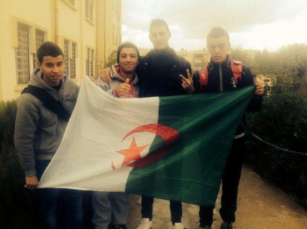 1.2.3 vive l'algérie
