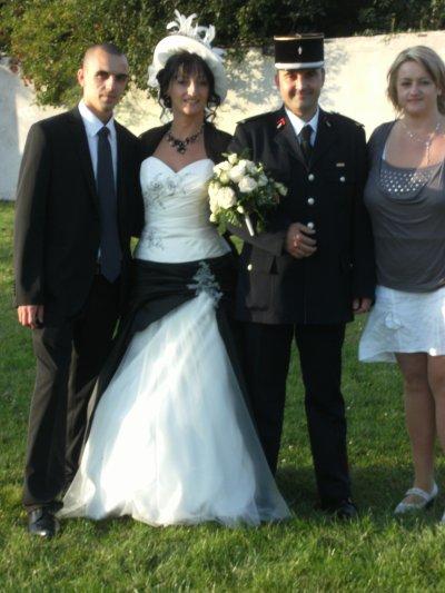 de gauche a droite ( mon homme , ma soeur , mn bof et moi