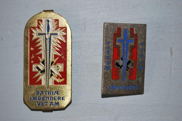 quelques petits badges, décorations et autre pins que vous aurez la gentillesse de m'aider à identifier