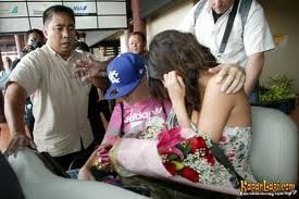 JUSTIN BIEBER ET SELENA GOMEZ EN INDONESIE ( 2011)