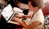 9 oct 2015 Emma répond à vos questions sur Twitter