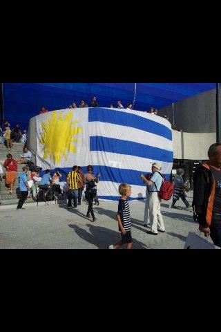 Soy céleste URUGUAY URUGUAY CARAJO !!!