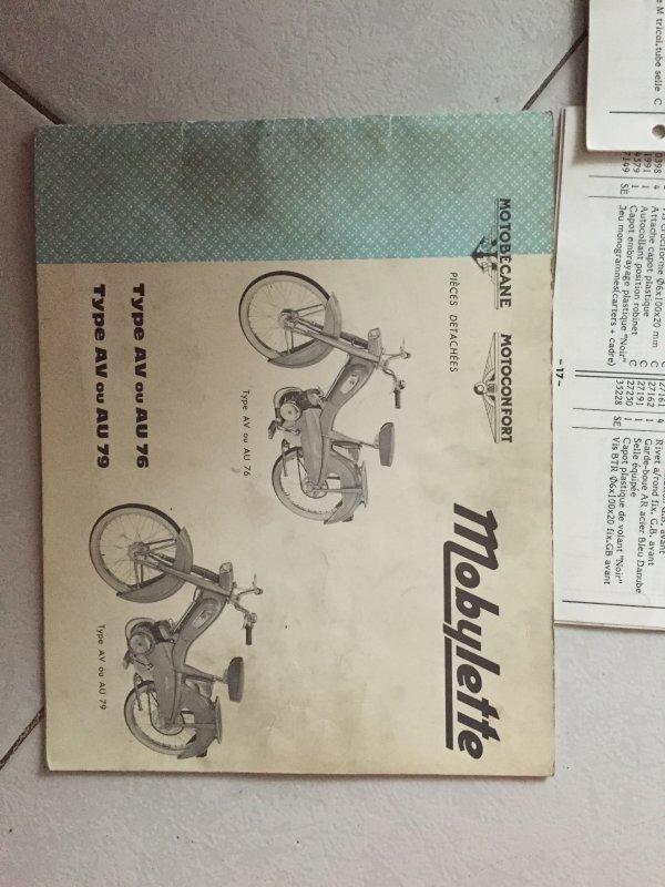 lot notices technique 51CF - 51 - motoconfot et motobec a vendre