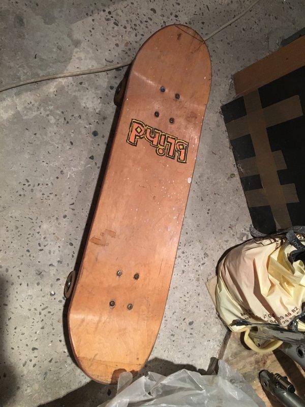un blogueur ma demandé mon skate collector ... appel a la personne