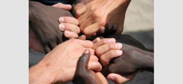 Chaque humain est sacré Chaque individu a droit au bonheur au respect,la culture,le bien être tel est le devoir de toute société et de toute nation,là est la vérité