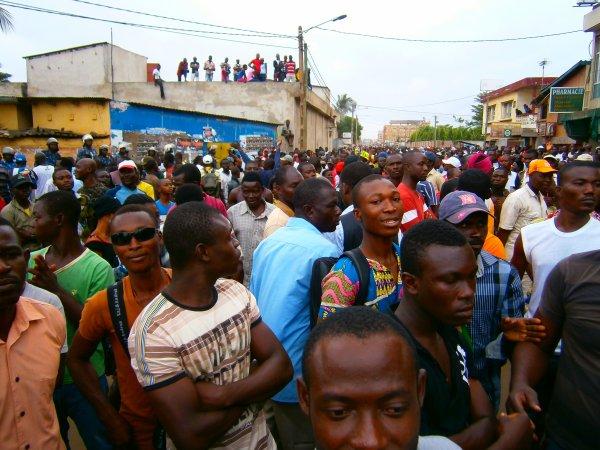 LE CST APPELLE TOUTES  LES POPULATIONS A LA DESOBEISSANCE CIVIQUE SELON L'ARTICLE 150 DE LA CONTITUTION TOGOLAISE..