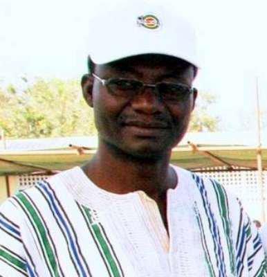 Bode Tchakoura membre du PSR et trésorier du CST, arrêté ce Samedi à 5 h du matin devant sa mère, sa femme et ses enfants par la gendarmerie .
