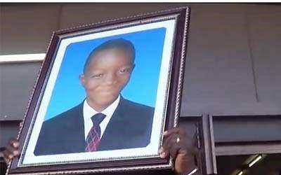 Trois ans déjà, Anselme Sinandaré, Douti Sinanlangué et tant d'autres tombaient  sous les balles de la police politique de Faure Gnassingbé et compagnie! Nous ne les oublions pas!