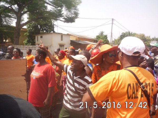 Une immense foule a répondu à l'appel du CAP 2015 pour exiger du pouvoir dictatorial de faure gnassingbé les réformes.