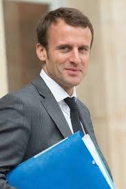 Quelle démocratie? Emmanuel Macron est devenu président a 39 ans. le président de fait du Togo Faure Gnassingbé lui ambitionne de rester au pouvoir jusqu'a 39 ans!!! chuan