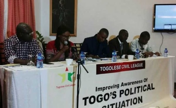 Exposé de la Ligue Civile Togolaise à Accra sur la situation socio-politique au Togo.