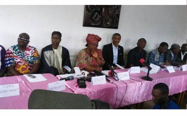 Tikpi Atchadam présent à la conférence de presse